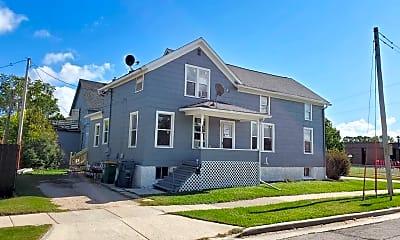 Building, 99 E Rees St, 1