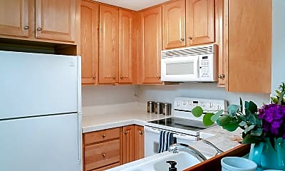 Kitchen, 4567 Cleveland Ave, 2