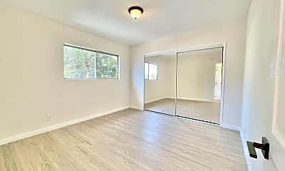 Bedroom, 6402 S Victoria Ave, 2