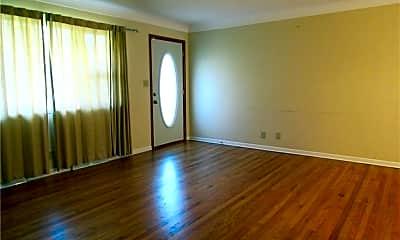 Living Room, 1030 Endicott Dr, 1
