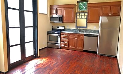 Kitchen, 322 S Grand Oaks Ave, 2