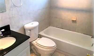 Bathroom, 2980 Leisure Ct, 2