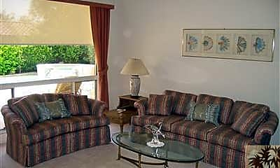 Living Room, 37784 Pineknoll Ave, 1