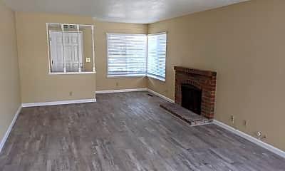Living Room, 18290 Shadowbrook Way, 1