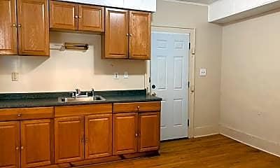 Kitchen, 3661 E 153rd St, 2