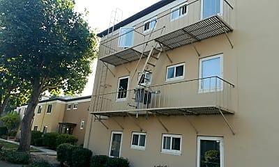 Hillsdale Garden Apartments, 0