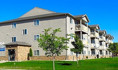 Archway Apartments, 1
