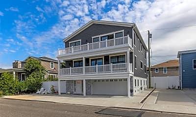 Building, 28 Kirkwood St HOUSE, 1