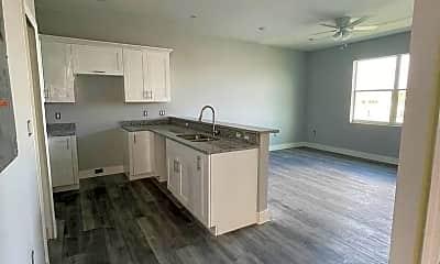 Kitchen, 319 Nicholas Pkwy W, 0