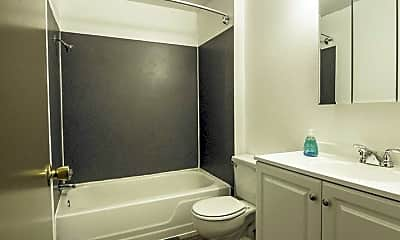 Bathroom, 1711 S 37th St, 2