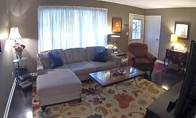 Living Room, 563 Janet, 1