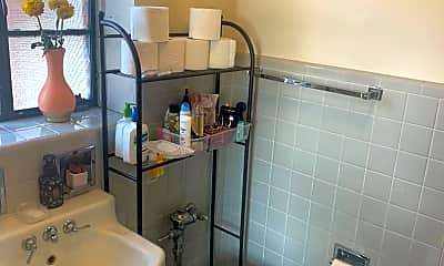Bathroom, 2207 Central St, 2
