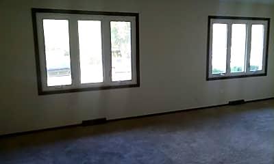 Living Room, 1032 Camellia Dr, 1