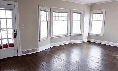 Bedroom, 3320 Berkeley Rd, 1