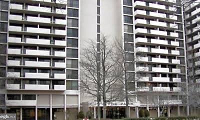 Building, 4141 N Henderson Rd 704, 0