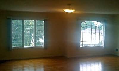 Living Room, 107 Chestnut St 2ND, 1