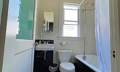Bathroom, 261 Clara Street #4, 2
