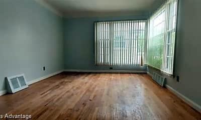 Living Room, 27503 O'Neil St, 1