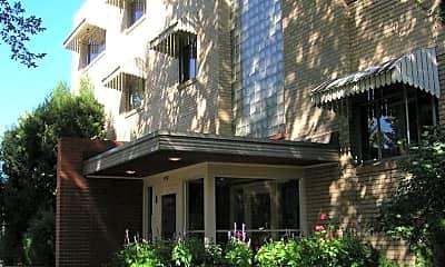 Building, 800 N Ogden St, 1