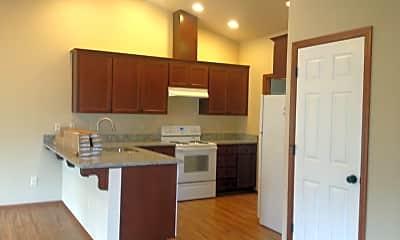 Kitchen, 5751 Fallbrook Ln, 1