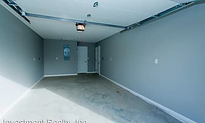 Bathroom, 103 Bogad St, 2