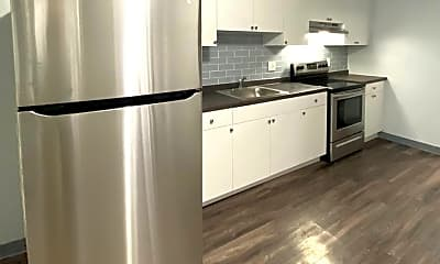 Kitchen, 153 Saratoga St, 0