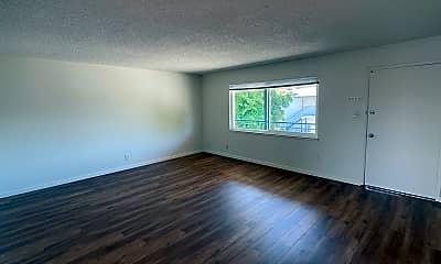 Living Room, 2814 Joseph Ave, 1
