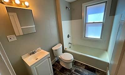 Bathroom, 2073 Robin St, 2