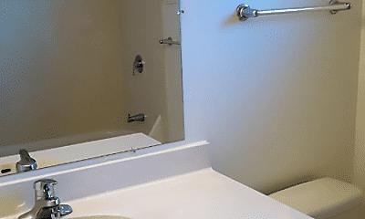 Bathroom, 673 Comet Dr, 2