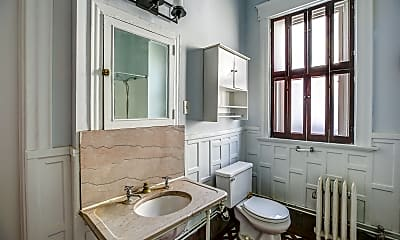 Bathroom, Middleton Apartments, 2
