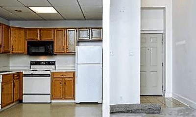 Kitchen, 106 Franklin St, 1