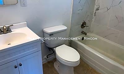 Bathroom, 4044 E Flower St - 21, 2