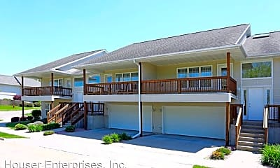 Building, 24 Redtail Bend, 1