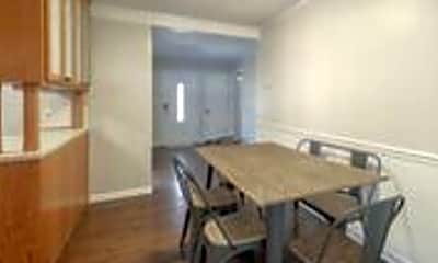 Kitchen, 5511 Horton St, 1