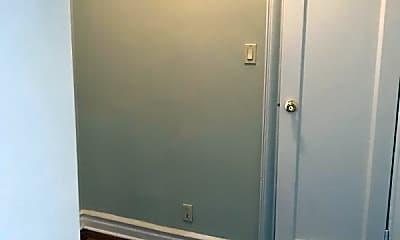 Bedroom, 508 W 213th St, 2