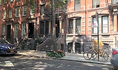 35 Grove Street Apartments, 2