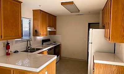Kitchen, 86 Clark St, 1
