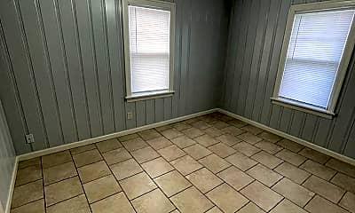 Bathroom, 4647 N Brady St, 2