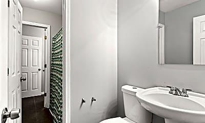 Bathroom, Room for Rent - Grove Park Home, 0