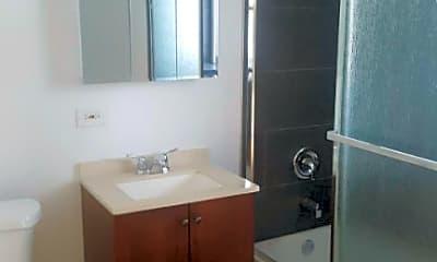 Bathroom, 3801 N Bernard St, 1