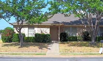 Building, 2701 Hurstview Dr Apt A, 0