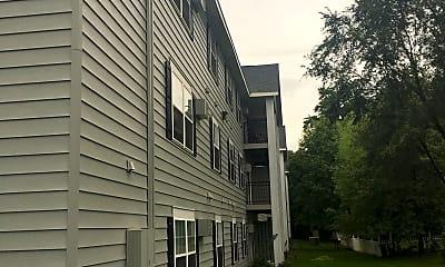 Oakwood Heights Apartments, 2
