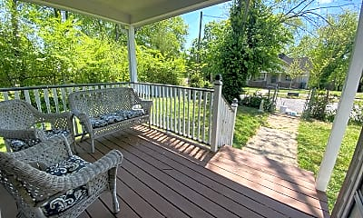 Patio / Deck, 1901 Woodbine Ave, 1