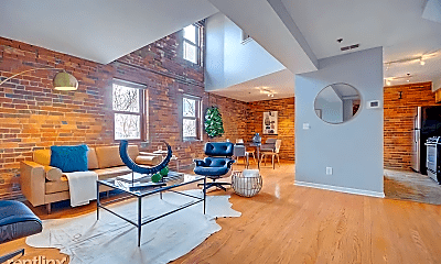 Living Room, 544 S Front St, 1