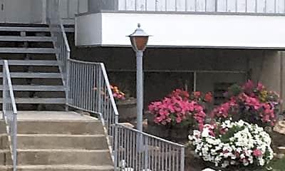 Tabor House, 1