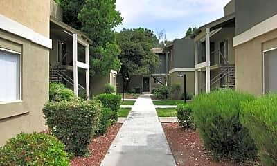 Building, Sixty58 Townhomes, 1
