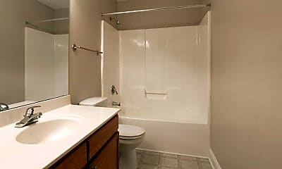 Bathroom, West Pointe Apartments, 2