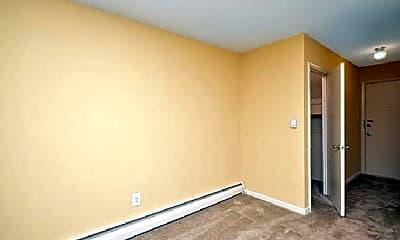 Bedroom, 413 N Warwick Rd, 2