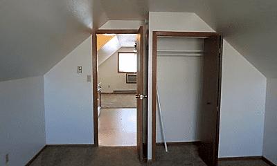 Bedroom, 2705 S 18th St, 2