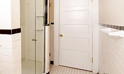 Bathroom, 832 SE Riverside Dr, 2